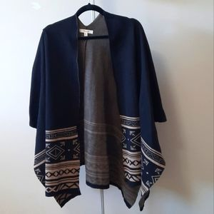 BOGO Free Active USA size M/L black and tan sweater poncho